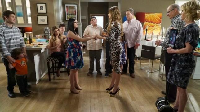 Modern Family S06E24 - American Skyper